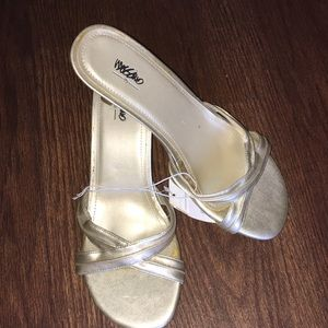 Gold sandals womens size 8.5